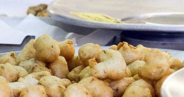 Gran Tour della Liguria, le sciamadde, il cibo da strada, le frittelle