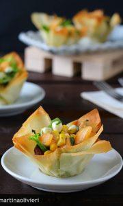 Cestini di pasta phillo con insalata di melone